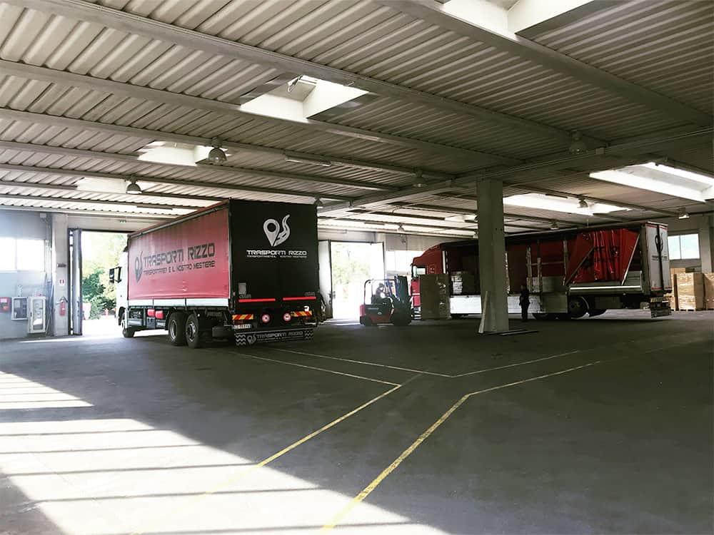 magazzino-deposito-per-logistica-quinto-di-treviso-trasporti-rizzo