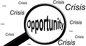 La capacità di vedere nella difficoltà delle opportunità di crescere è un ottimo mezzo per sopravvivere alla crisi
